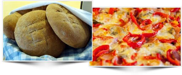 Vasemalla vastaleivottua rieskaa korissa sinivalkoruudullisen liinan sisässä, oikealla värikästä pizzaa.